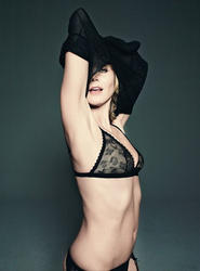 Heidi Klum takes her clothes off for German GQ (July 2010) - Hot  Celebs Home