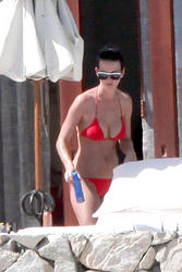 Katy Perry shows her big boobs and ass in red bikini in Mexico  - Hot Celebs Home