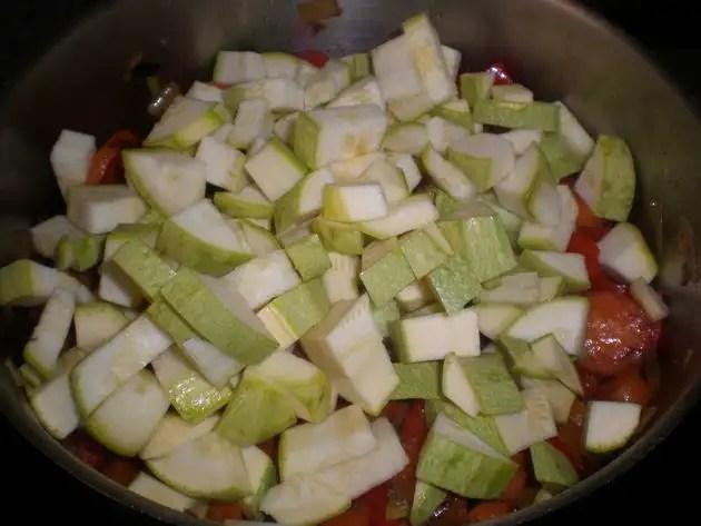 Cocinar verduritas salteadas