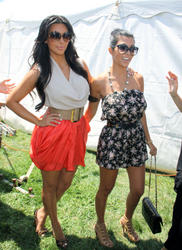 Kim Kardashian leggy at 13th Annual Super Saturday event at Nova's Ark Project - Hot Celebs Home
