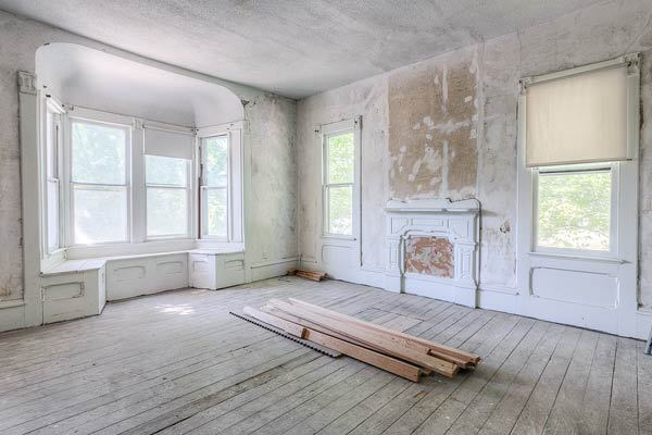 Master Bedroom With A Bay Window Save This Old House