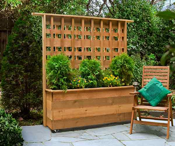 Build A Rolling Privacy Planter
