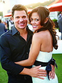 Vanessa Lachey Jokes: Nick Would Be Willing to Nurse