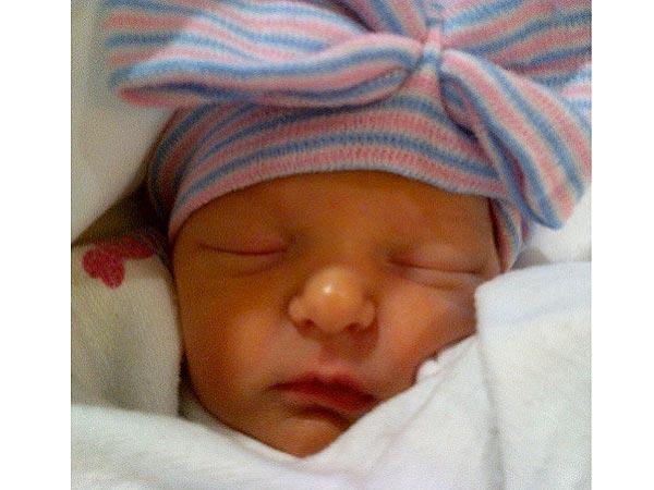 Jimmy Fallon Daughter Winnie Rose First Photo
