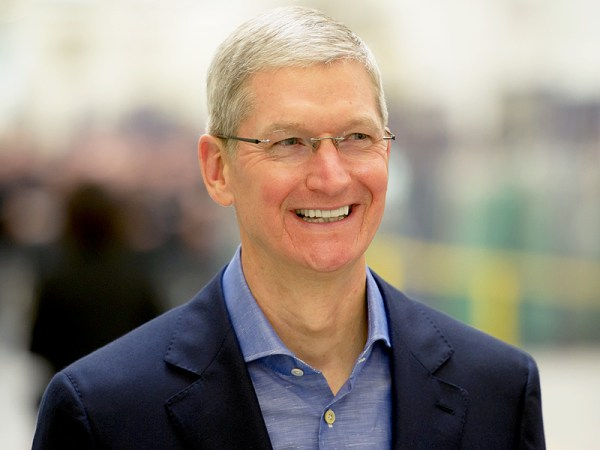Apple CEO Tim Cook to Donate Fortune to Charity : People.com