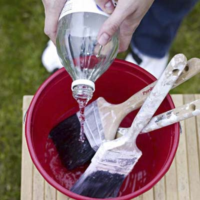 vinegar revives paint brushes