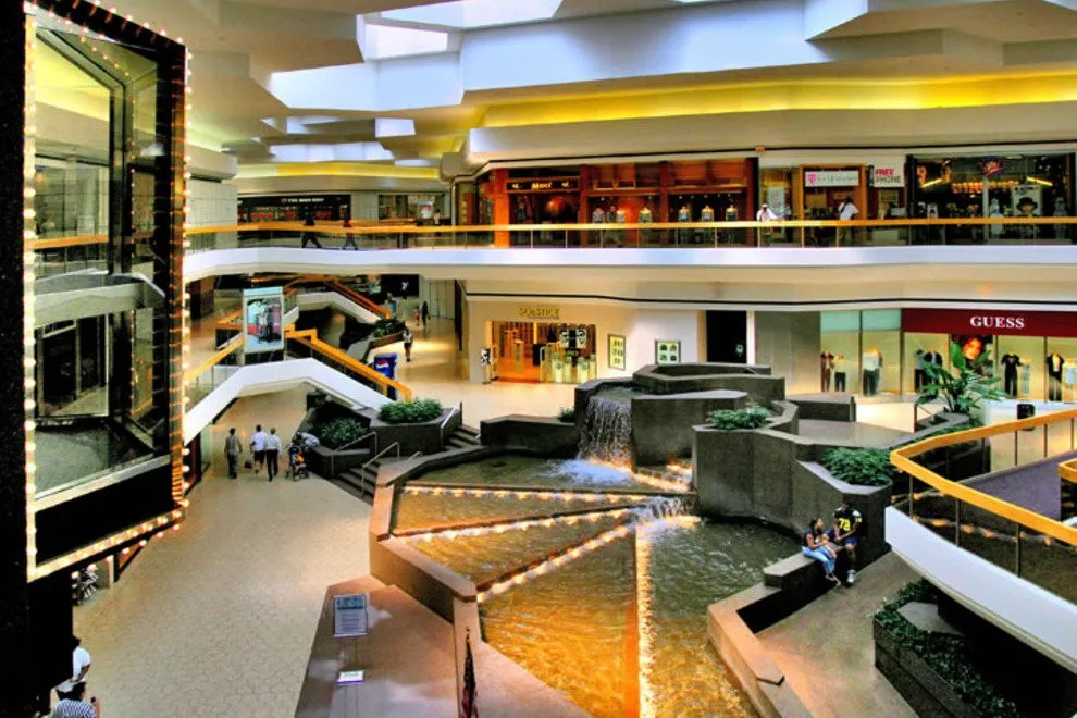 Fairlane Town Center Detroit Shopping Review 10Best Experts And Tourist Reviews