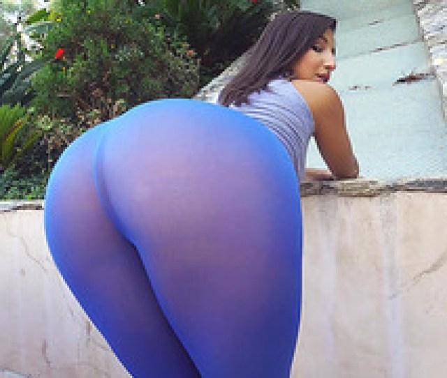 Bella Danger In A Blue Leggings Showing Off Her Big Butt