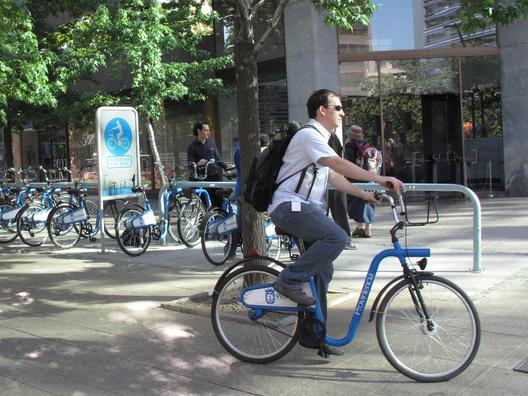 1402953723_bicicletas_arriendo_publicas_providencia_por_bilobicles_bag_flickr
