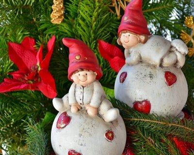 Che tu possa avere sempre negli occhi la magia come in questo giorno! Filastrocche Di Natale Frasi Di Natale Per Bambini
