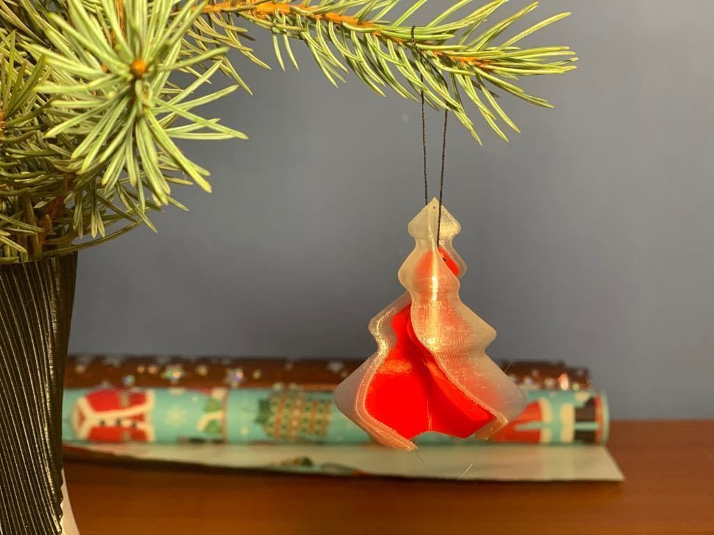 Twisted Christmas Tree Ornament Vase 3d Printable Model