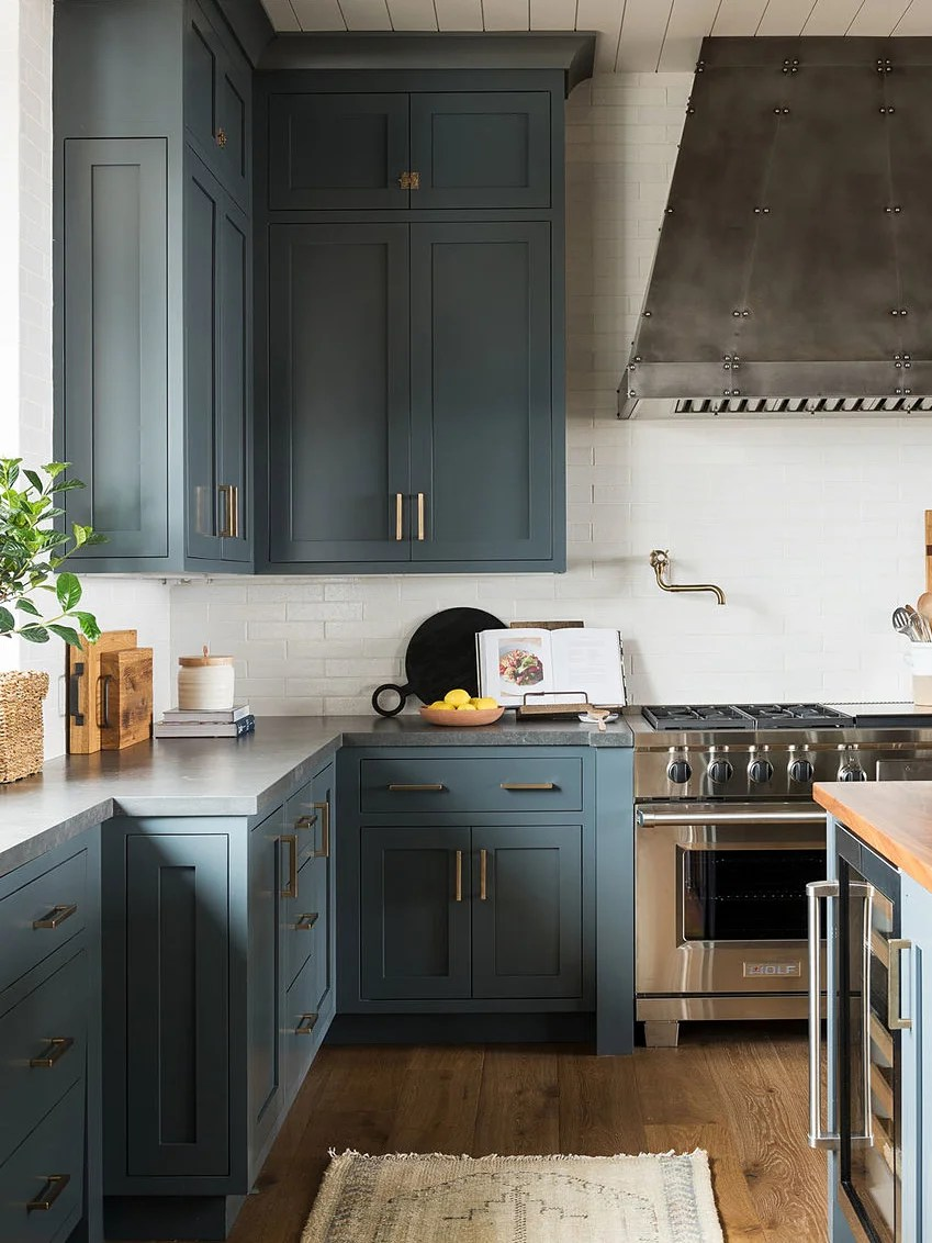 thinking of diy painting your kitchen cabinets read this on best paint for kitchen cabinets diy id=51976