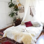These Hacks Make It Easy To Style Your Bed On The Floor