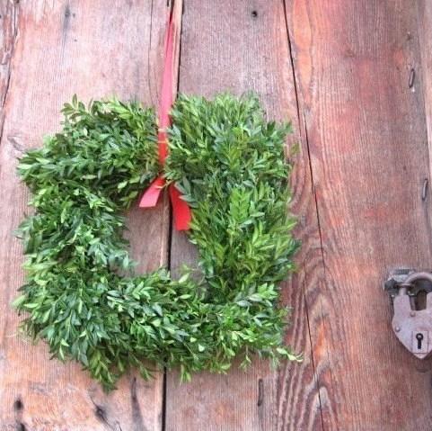 SQUARE BOXWOOD WREATH  fresh holiday greenery Smaller size - thekeepershouse