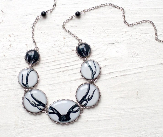 Antler necklace - Deer jewelry - Bones  (BN016)