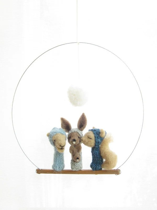 FINGER PUPPET MOBILE / Wall Hanging, Camel Kangaroo & Squirrel, felted wool animals, nuresry decoration and soft toy for children and babies
