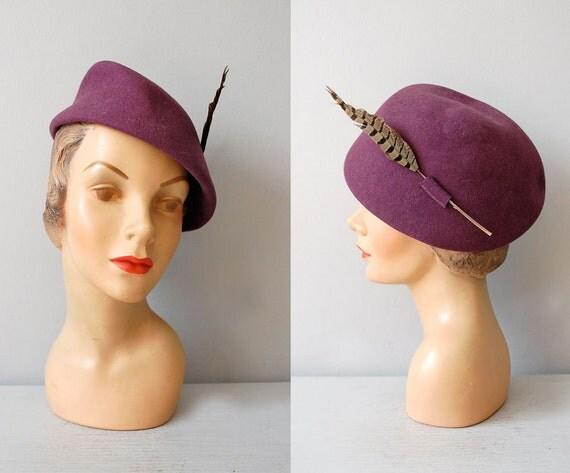 1930's felt wool tilt hat 1940's vintage hat millenery fashion style dresses dewvintage