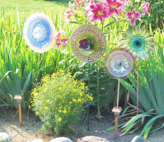 Jardim Art Glass Placa flor roxa Suncatcher Estaca Quintal Repurposed Upcycled LYDIA