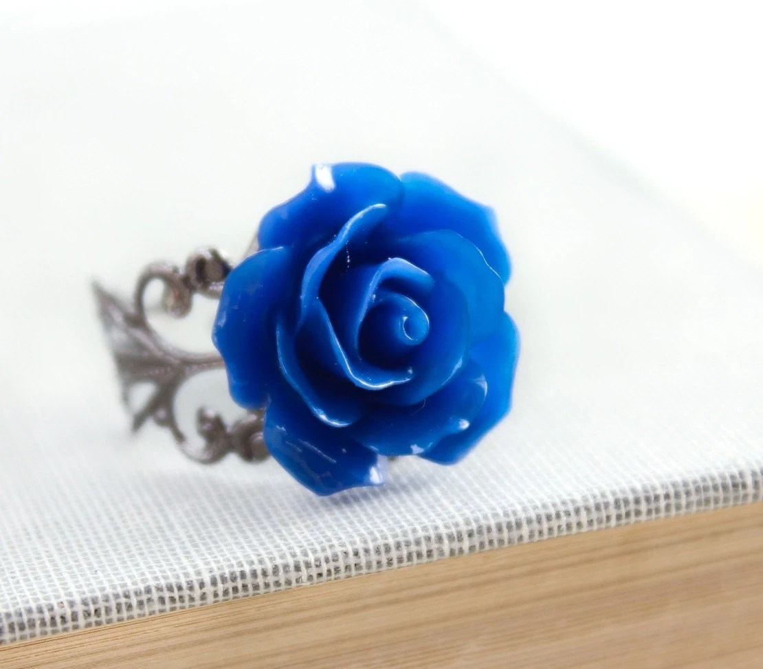 Rose Ring Royal Blue Rose Sapphire Blue Cobalt Flower Cocktail Ring Gunmetal Filigree Adjustable Ring Bridal Jewelry Bridesmaids Accessories - apocketofposies