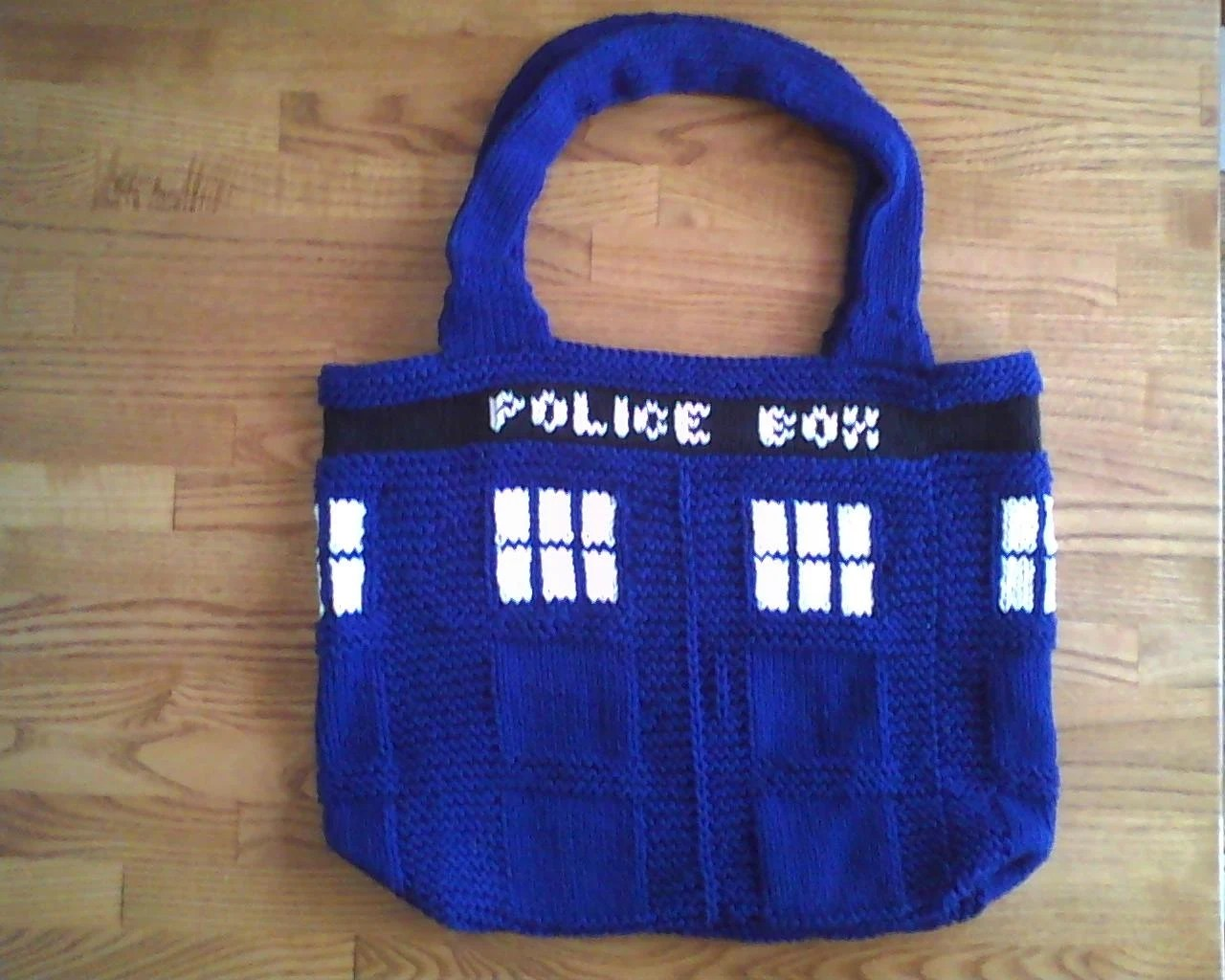 Doctor Who knit TARDIS Tote