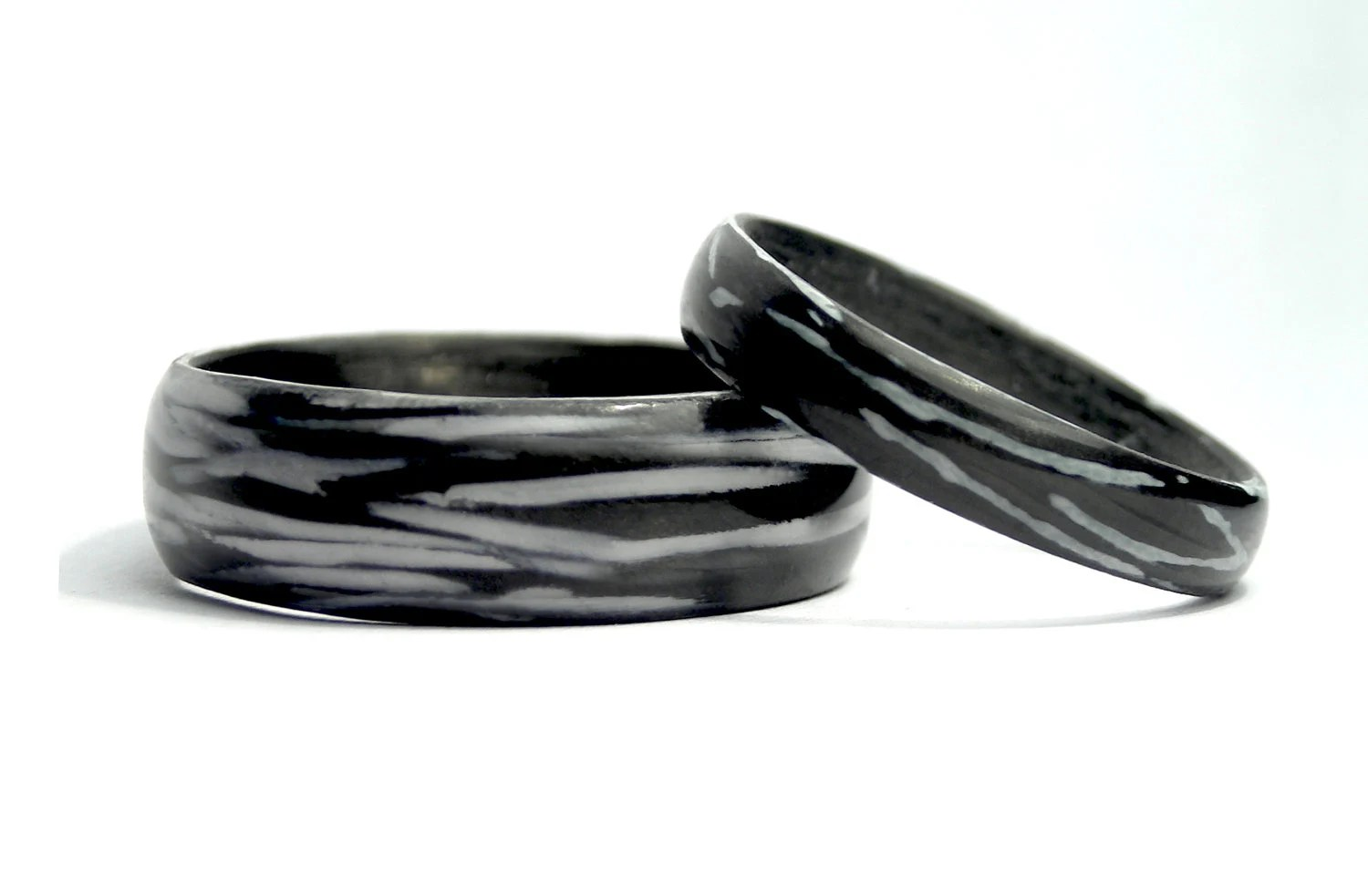 Mixed Carbon & Glass Fiber Wedding Rings. Black and white - Rosler