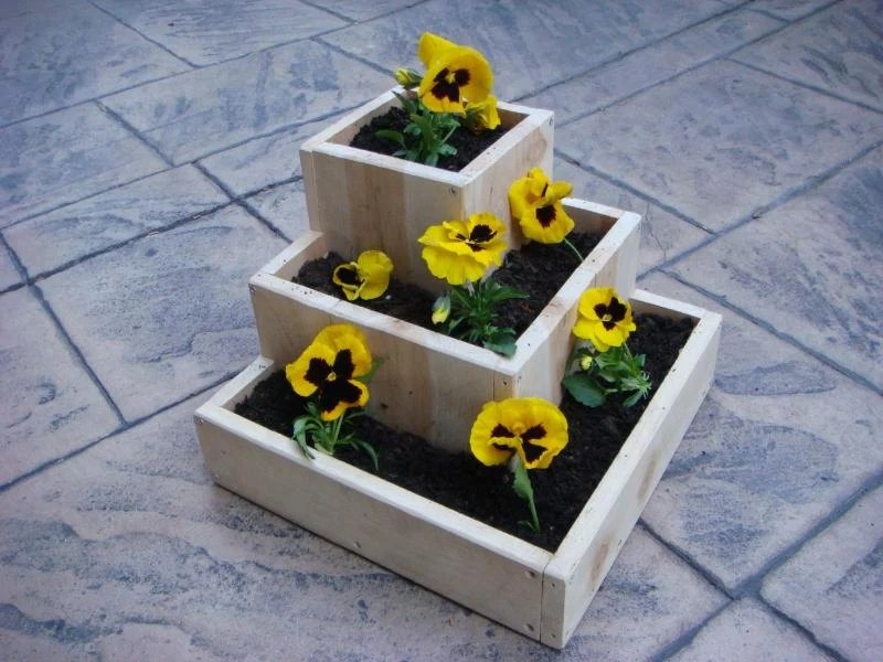 "Flower planter, garden flower pot, wood, Mother's Day Gift, tabletop size, for indoor or outdoor flowers and plants:  ""Pyramid"""