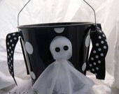 Personalized Halloween Bucket - TheQuirkyCork