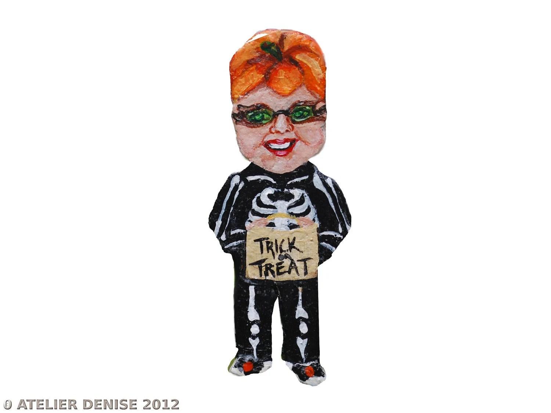 Halloween Crazy Chick Ornament - AtelierDenise