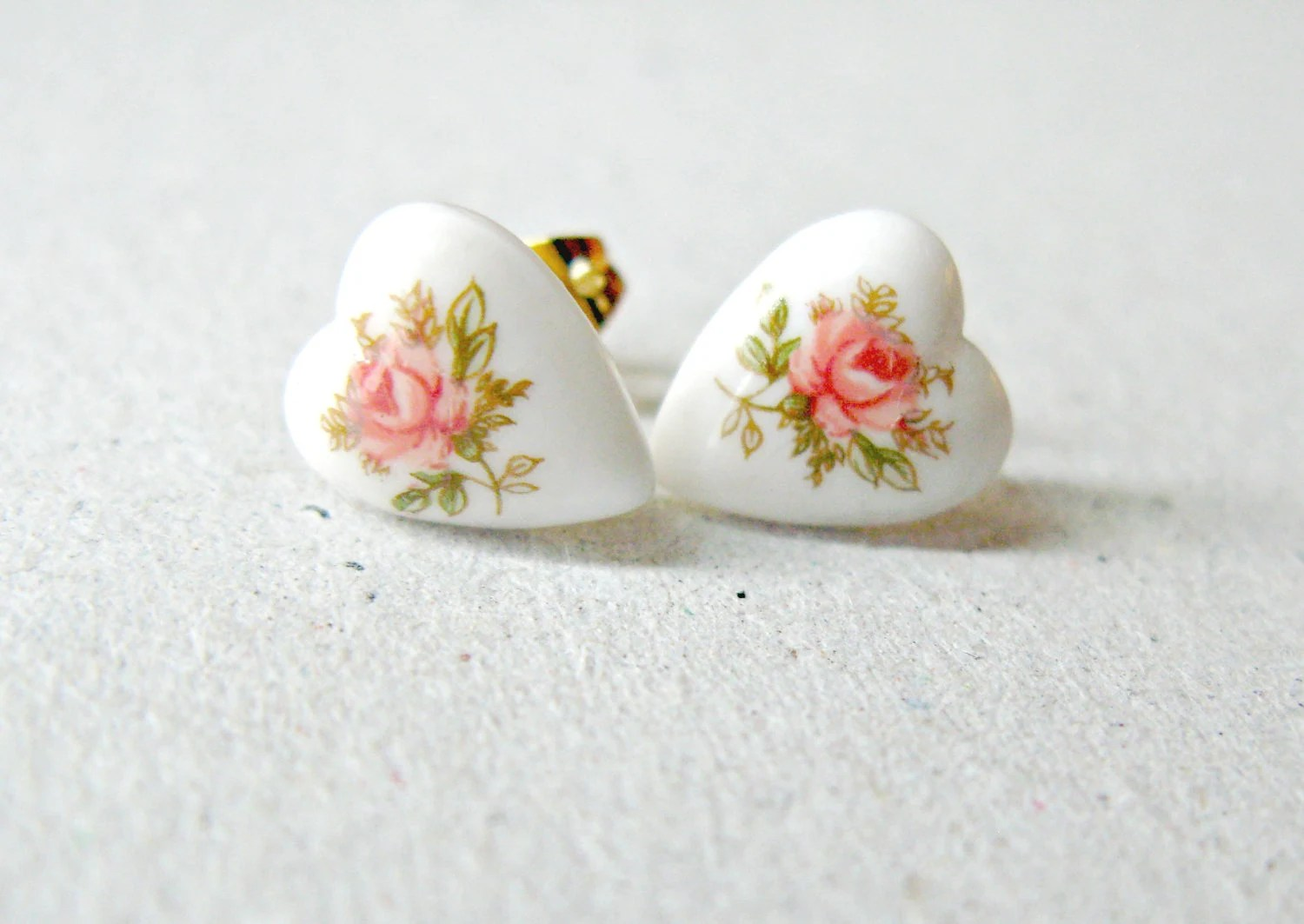 White Heart Post Earrings, Pink Rose Boquet Studs, Floral Heart Jewelry, Vintage Cabs, Gift For Her - raelwear