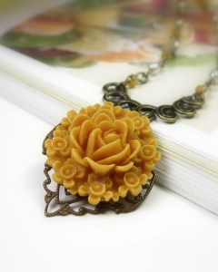Featured Friday Etsy Finds: Amber