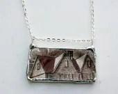 Vintage Heritage Hall Ceramic Necklace - asthecrowfliesandco