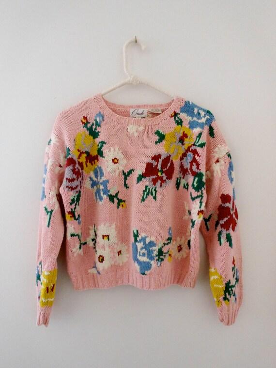 spring sale // vintage pink floral knit sweater