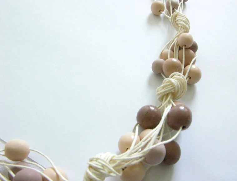 necklace with handmade polymer clay pearls in shades of brown - Smooq