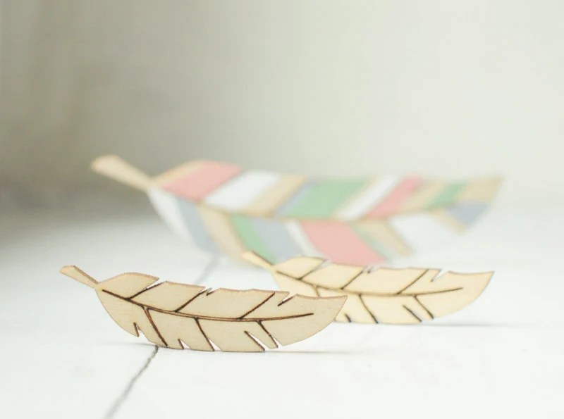 SET of 2 little wooden feathers  - natural wood -  ready to decorate - unpainted - DIY - feather - forCRAFT