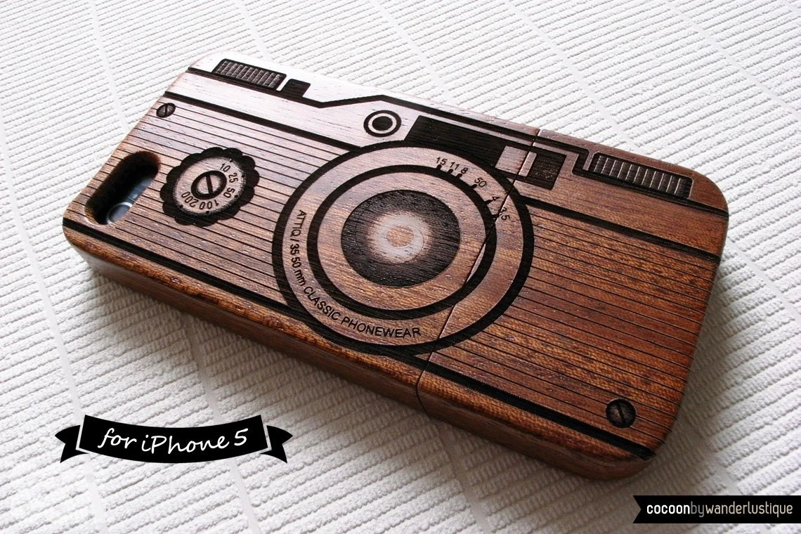 SALE30%OFF: Natural Wood iPhone 5 Case - Engraved Vintage Camera iPhone Case // Photography, Sapele Wood, Gift, Laser Engraving, 3D, Art