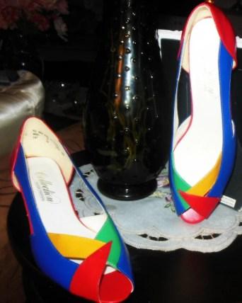 multicolor pumps