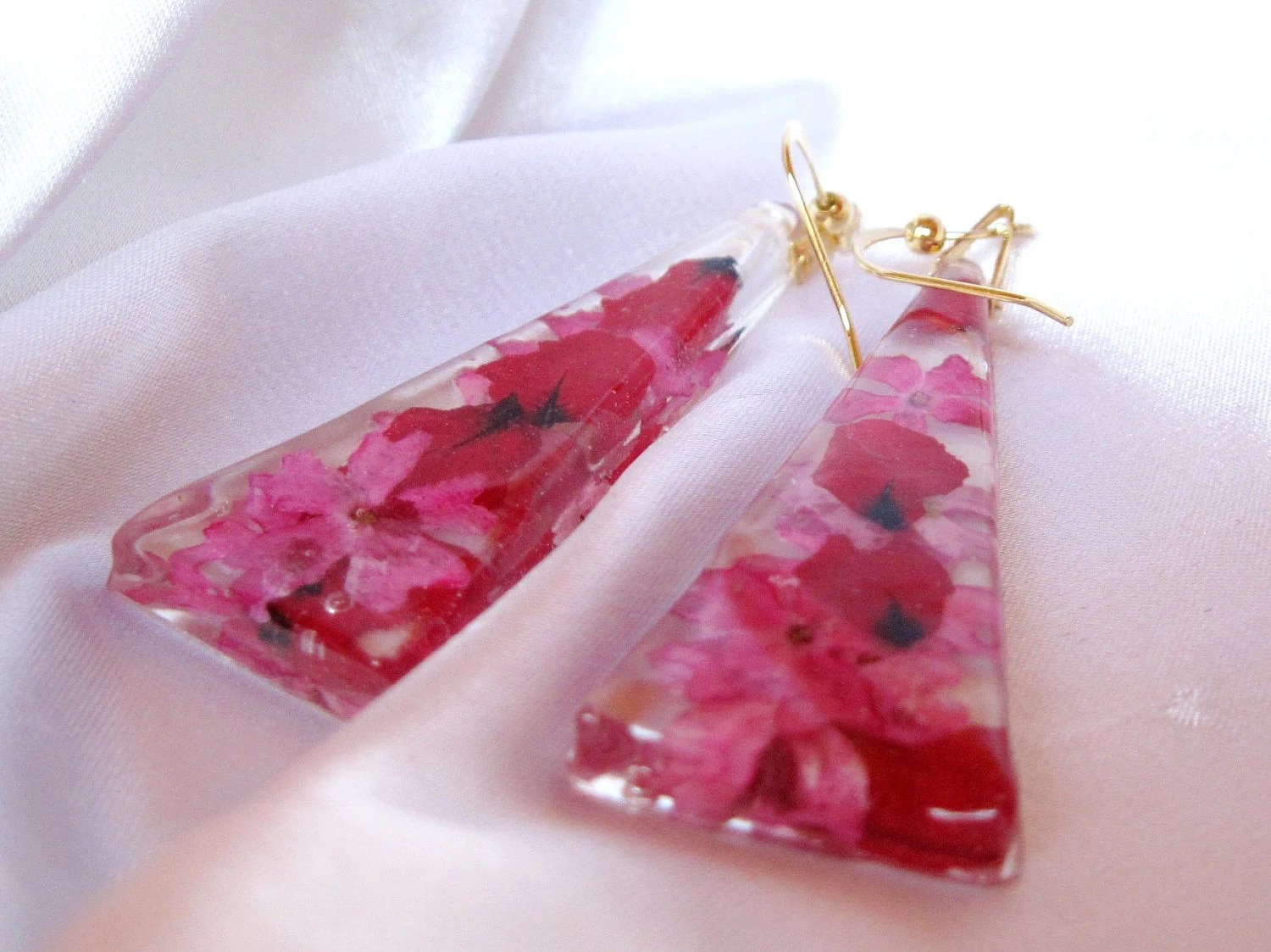 Pink and Red Flower Long Earring, Pressed Flowers, Resin (835)