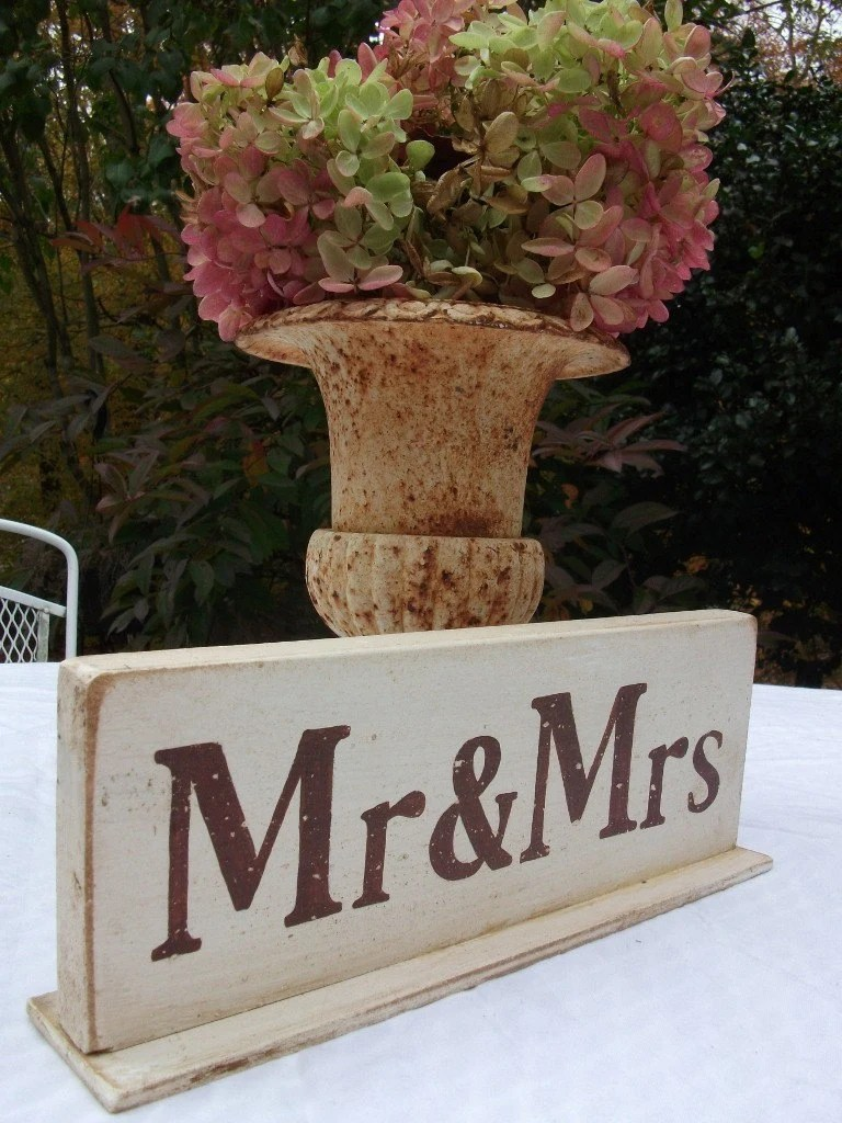 Wooden Mr and Mrs Sweetheart Table Sign, Rehersal Dinner, Reception, Head Table, Anniversary Party, Photographer Photo Prop, Brown Lettering