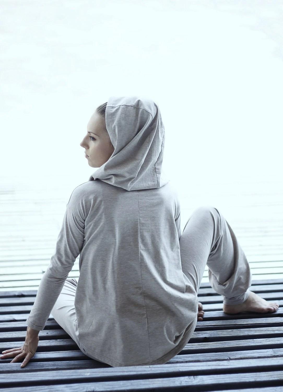 yoga hooded top