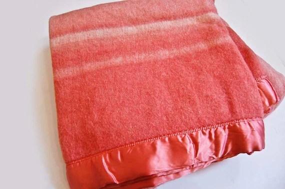 V I N T A G E Creamsicle wool camp blanket