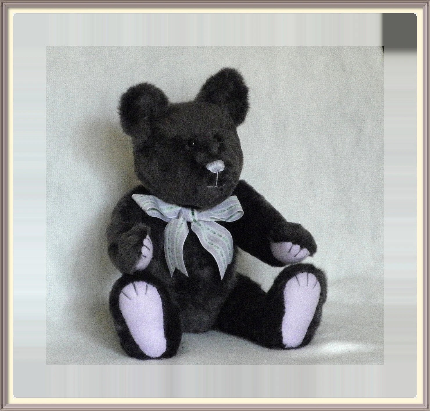Artist Bear, boy teddy, male bear, collectors bear, grey bear, gray bear, Plush