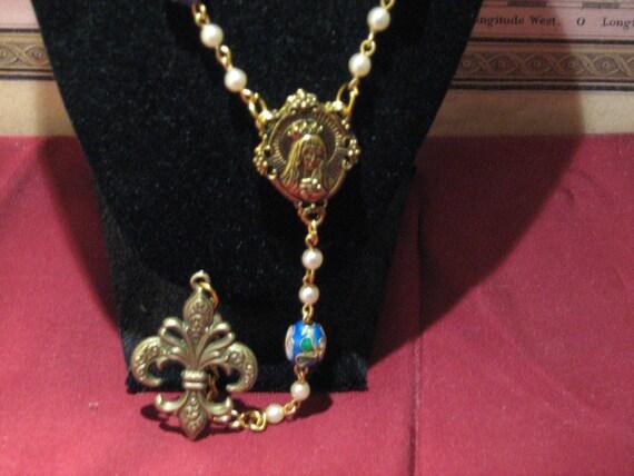 Fleur de Lys rosary necklace