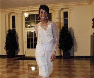 White House Social Secretary Desiree Rogers arrives for a State Dinner hosted by President Barack Obama for Indian Prime Minister Manmohan Singh at the White House, Nov. 24, 2009.