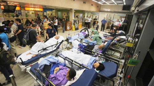 香港流感爆發 專家:新年前更嚴峻(圖)流感 | 疫情 | 香港 | 急癥 | 公立醫院 | 香港 | 看中國網