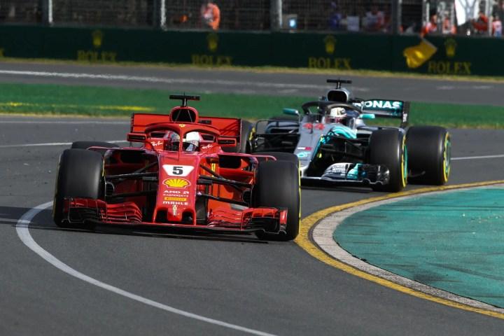 La Ferrari di Vettel davanti a Hamilton | Numerosette Magazine