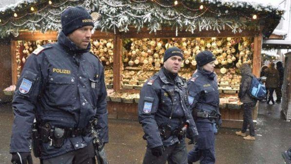 Innsbruck, donne molestate la notte di Capodanno: tra loro anche un'italiana