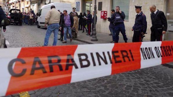 Banditi armati assaltano un furgone portavalori nel Milanese: bottino da oltre un milione e mezzo di euro