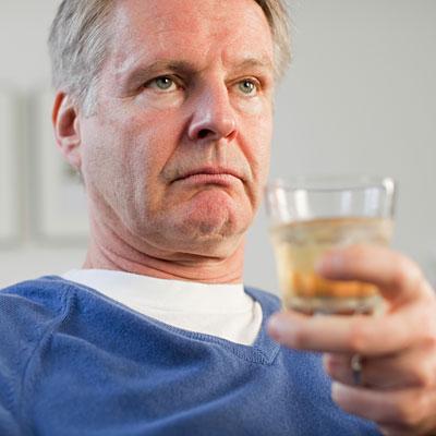 alcohol-man-bipolar