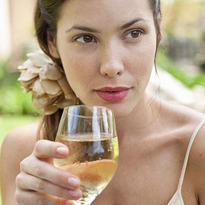 age-white-wine