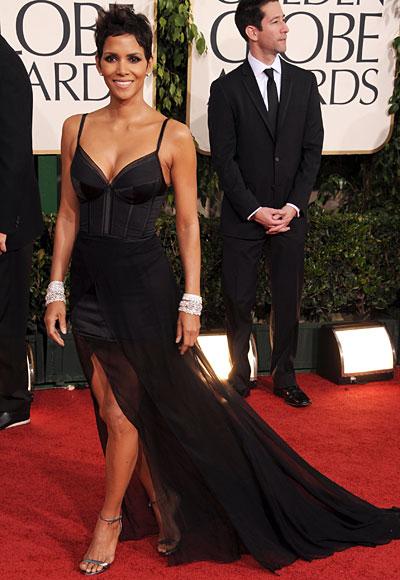 Golden Globes 2011 - Halle Berry - Nina Ricci